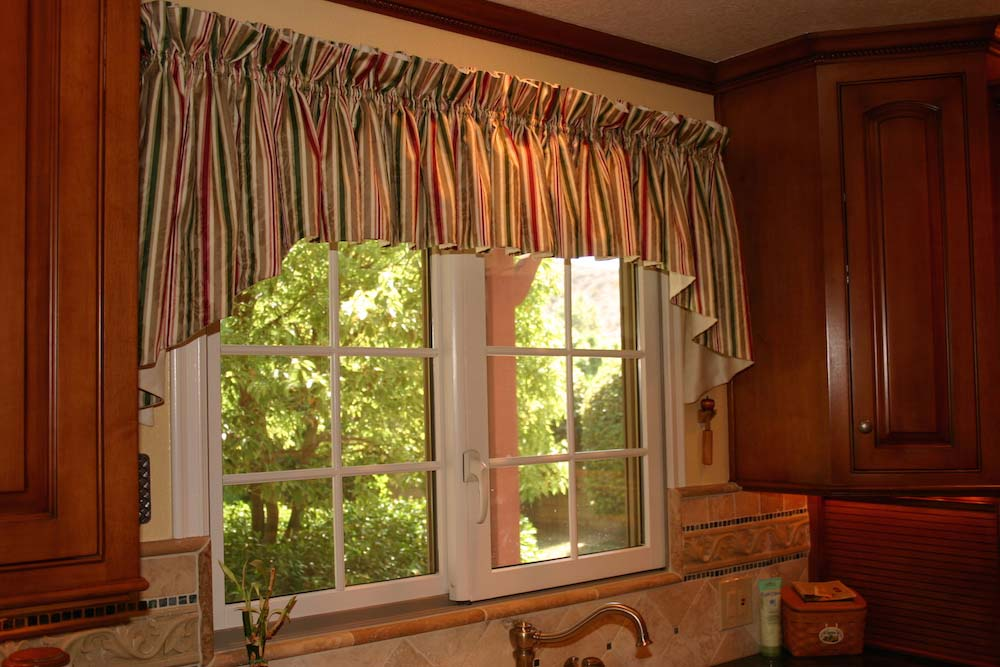 Gathered Kitchen Valance