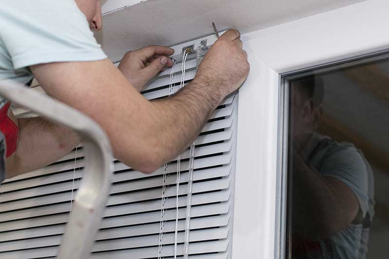 Install Window Blinds